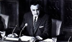 "EMPAT TIDAK-Meski kalah Perang Enam Hari, negara-negara Arab tetap keras dan teguh memusuhi Israel. Dalam sidang di Khartoum mereka menghasilkan resolusi ""Tiga Tidak"". Presiden Mesir Gamal Abdul Nasser kemudian menambahinya dengan ""Satu Tidak"" dalam memperjuangkan hak-hak rakyat Palestina"