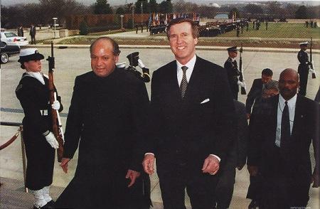 KUDETA BERULANG - Naiknya Benazir Bhutto sebagai PM Pakistan  nyatanya tidak menghentikan aksi kudeta. Benazir hanya bertahan dua  tahun dan digulingkan lagi melalui issue korupsi dan nepotisme. Benazir  lari ke pengasingan di Inggris. kedudukan Benazir diganti selama tiga  bulan oleh Ghulam Mustofa Jatoi. Jatoi kemudian diganti lagi oleh Mian  Muhammad Nawaz Sharif. tapi Nawaz Sharifpuny hanya bertahan tiga tahun  kerena Benazir berhasil kembali ke dudukannya. Lagi-lagi Benazir  digulingkan kedua kalinya dengan issue yang sama.